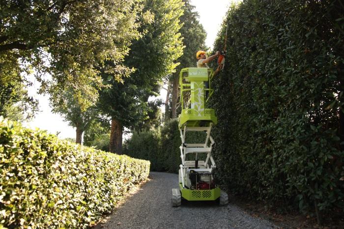 Open day speciale giardinaggio noleggio piattaforme for Giardinieri verona
